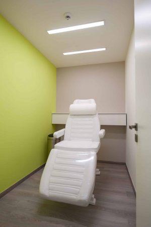 anakainisi-iatreiou-clinics-intirior-design-iatreio-tripoli-1346-2-scaled-1